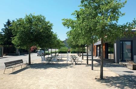 Réaménagement d'une esplanade à Etoile-sur-Rhône