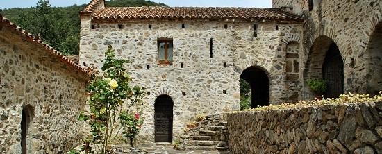 Maison en pierres du sud de la France